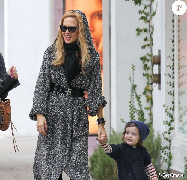 Rachel Zoe et son fils Skyler à Beverly Hills le 17 novembre 2012.