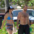 L'actrice Jennifer Lawrence et son frère en vacances à Hawaï. Photo prise le 21 novembre 2012.