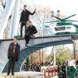 Nathan Sykes, Siva Kaneswaran et Tom Parker du groupe  The Wanted  ont participé à la 86e parade annuelle de Thanksgiving organisée par les magasins  Macy's, le 22 novembre 2012 à New York.