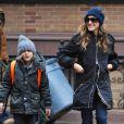 Sarah Jessica Parker emmène James à l'école à New York le 27 Novembre 2012.