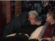One Direction : Dustin Hoffman embrasse l'un des jeunes chanteurs sur la bouche