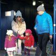 Sarah Jessica Parker et son mari Matthew Broderick emmènent leurs filles Tabitha et Marion a l'école à New York, le 14 décembre 2012.