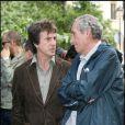 François Cluzet et Alain Corneau lors de l'inauguration du square Marie-Trintignant dans le 4e arrondissement de Paris, le 13 mai 2007