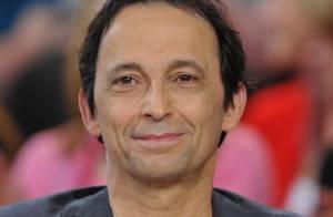 Éric Métayer : Malade, le comédien est remplacé au pied levé par Daniel Russo
