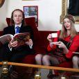 EXCLU : Morgan, sa soeur Capucine et Pascale de Qui veut épouser mon fils ? 2 dans leur appartement parisien en décembre 2012- La famille presque au grand complet, ne manque que le père !