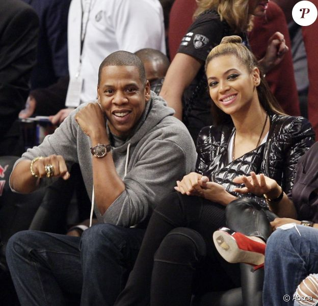 Jay-Z and Beyoncé Knowles lors d'un match des Brooklyn Nets au Barclays Center de New York le 23 novembre 2012