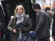 Claire Danes part en voyage avec mari, bébé et toutou... Quelle organisation !