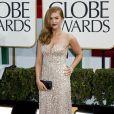 Isla Fisher radieuse et brillante dans sa robe de soirée pour les Golden Globes à Los Angeles, le 13 janvier 2013.