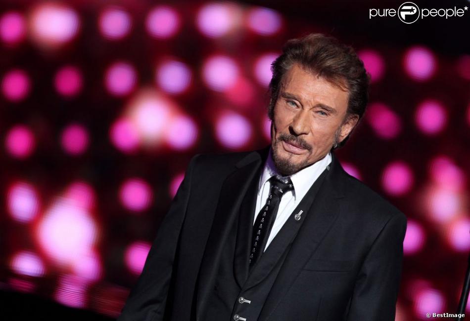 Exclusif : Johnny Hallyday à Paris, le 17 Decembre 2012, lors de l'enregistrement de Samedi, on chante Jean-Jacques Goldman, diffusé le 19 janvier 2013 sur TF1.