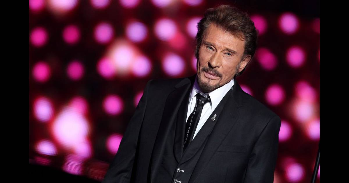 johnny hallyday une tourn e v nement pour f ter ses 70 ans. Black Bedroom Furniture Sets. Home Design Ideas