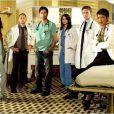 Photo promo de Urgences. Diffusée de 1994 à 2009.
