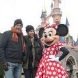 Minnie s'est invitée au côté de Kevin Costner à Disneyland, près de Paris, le dimanche 3 février 2013.