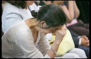 PHOTOS : Ingrid Betancourt  s'est recueillie à Saint Sulpice avec Dominique de Villepin...