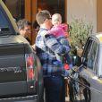 Jack Osbourne et sa petite Pearl dans les rues de West Hollywood à Los Angeles, le 9 février 2013.