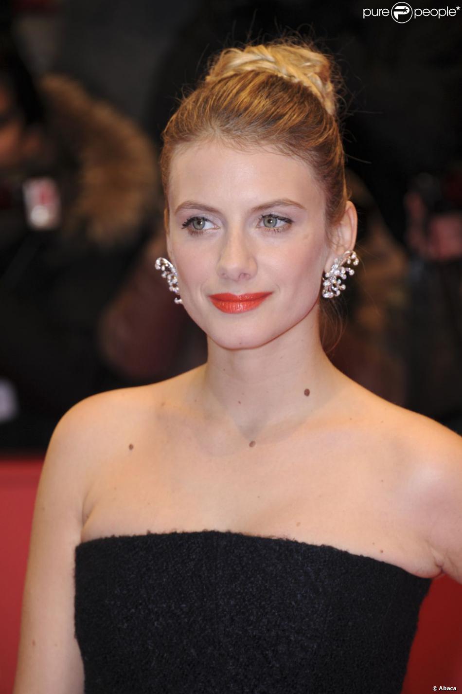 Mélanie Laurent divine pour la première du film Night Train to Lisbon à la 63e Berlinale, le 13 février 2013.