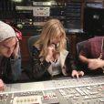 Kate Upton se déchaîne studio avec le rappeur Big Boi pour Skullcandy.