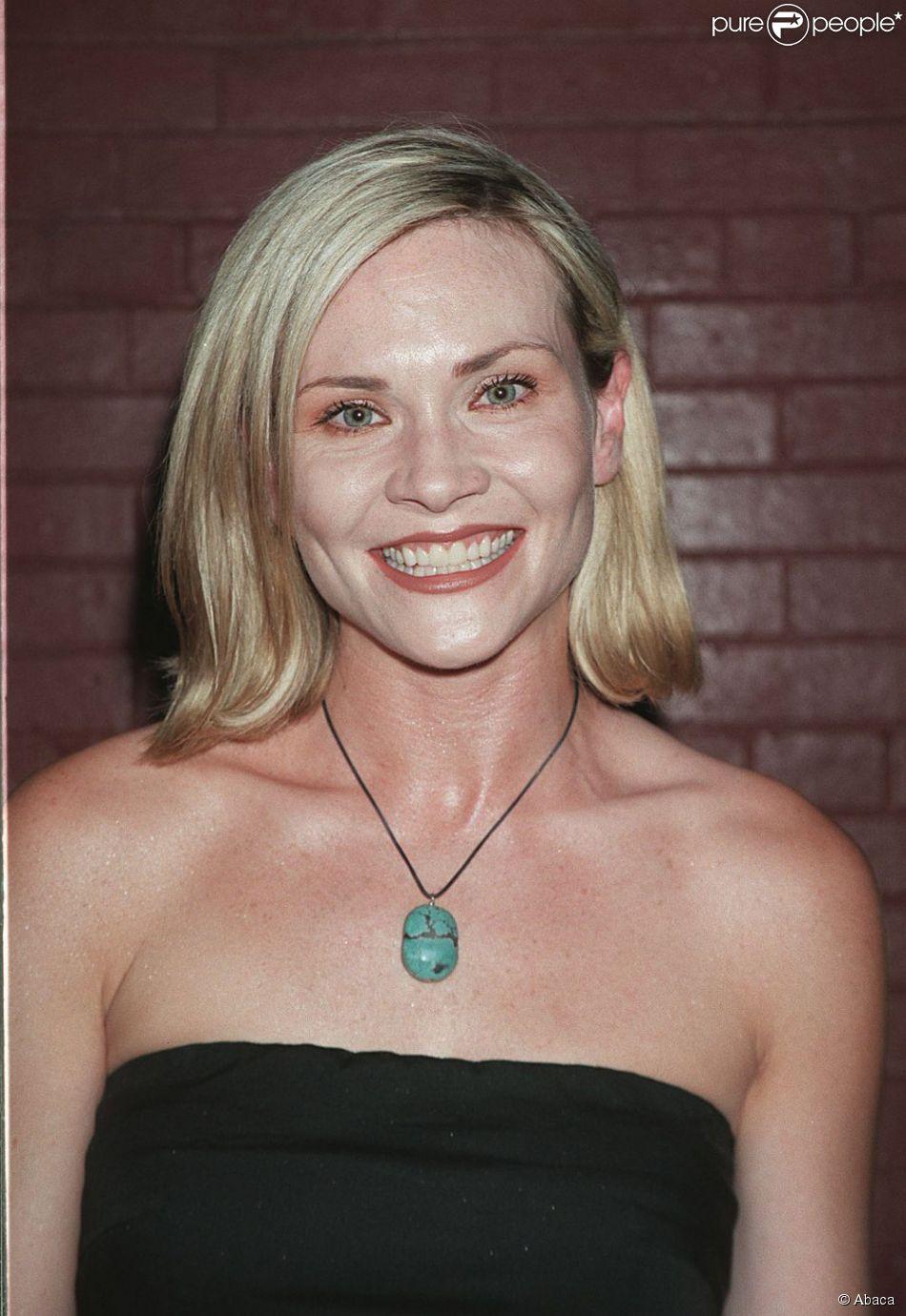 Amy Locane en 2002