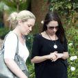 Aimee Pistorius, la soeur d'Oscar Pistorius, arrive au poste de police de Pretoria le 17 février 2013.