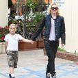 Gwen Stefani est allée déjeuner avec ses fils Kingston et Zuma à West Hollywood, le 2 février 2013.