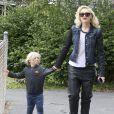 Gwen Stefani avec ses fils Kingston et Zuma à West Hollywood, le 2 février 2013.