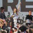 Shenae Grimes et AnnaLynne McCord sur le tournage de la série 90210 à Los Angeles, le 27 février 2013.