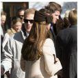 Le prince William et la duchesse de Cambridge Kate Middleton, enceinte, assistent au mariage de Laura Bechtolsheimer avec Mark Tomlinson à Arosa en Suisse, le 2 mars 2013.