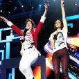 Mika et Shy'm dans le spectacle des Enfoirés 2013