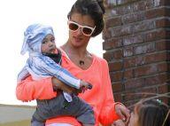 Alessandra Ambrosio : Sortie avec les enfants dans un look haut en couleur