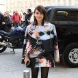 La journaliste Miroslava Duma arrive place Vendôme pour assister au défilé Giambattista Valli, prêt-à-porter automne-hiver 2013-2014. Paris, le 4 mars 2013.