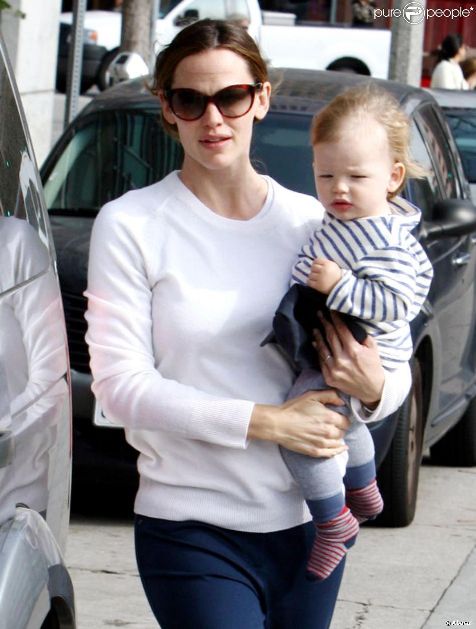 Jennifer Garner et son fils Samuel, adorable, le 5 mars 2013 à Los Angeles