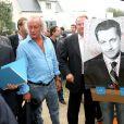 Didier Barbelivien et Nicolas Sarkozy, à la Baule, le 4 septembre 2005.
