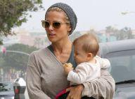 Elsa Pataky et son beau Chris Hemsworth : Sortie shopping avec leur petite India