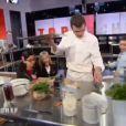 Retour à la cantine pour les chefs dans Top Chef 2013