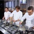 Jean-Phiippe fait le pitre devant Philippe Etchebest dans Top Chef 2013