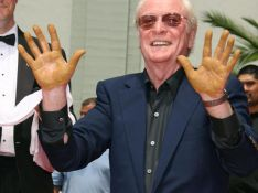 PHOTOS : Michael Caine, ses empreintes sur Hollywood Boulevard !