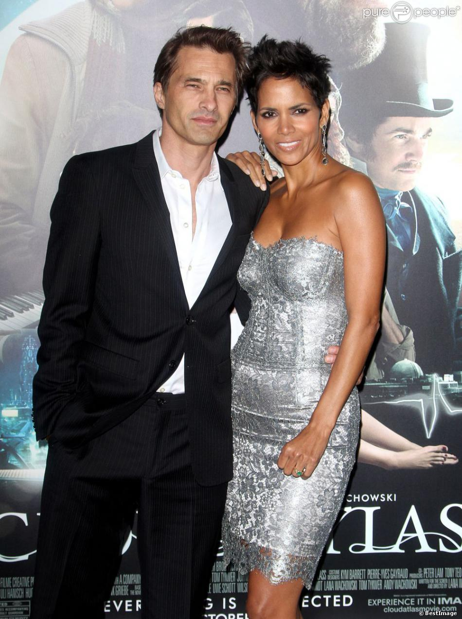 Halle Berry et Olivier Martinez à l'avant-première du film Cloud Atlas à Hollywood, le 24 octobre 2012.
