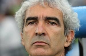 PHOTOS : Raymond Domenech persona non grata au Stade de France ?