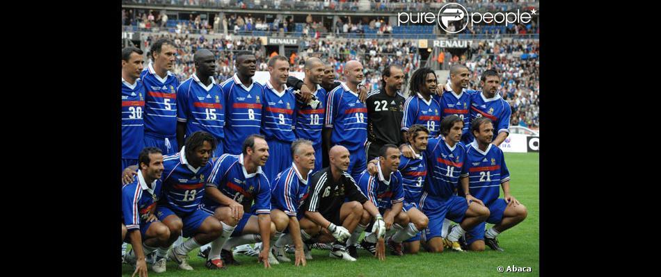 L 39 quipe de france gagnante de la coupe du monde 1998 purepeople - Coupe de france l equipe ...