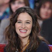 Mélanie Bernier, portrait d'une pétillante actrice qui fait battre les coeurs