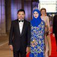 Le prince Billah et la princesse Sarah de Brunei au Rijksmuseum d'Amsterdam le 29 avril 2013 pour le dîner d'adieu de la reine Beatrix des Pays-Bas, à la veille de son abdication.