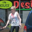 Exclusif - Ireland Baldwin quitte la salle de gym à Los Angeles, le 1er mai 2013.