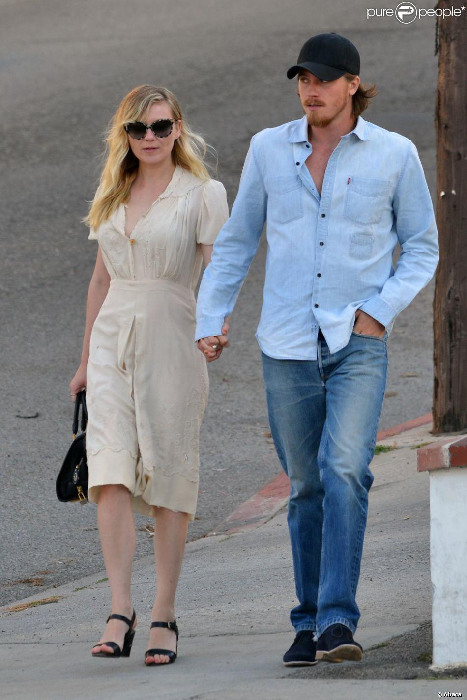 Kirsten Dunst et le beau Garrett Hedlund vont dîner à Los Angeles, le 10 mai 2013.