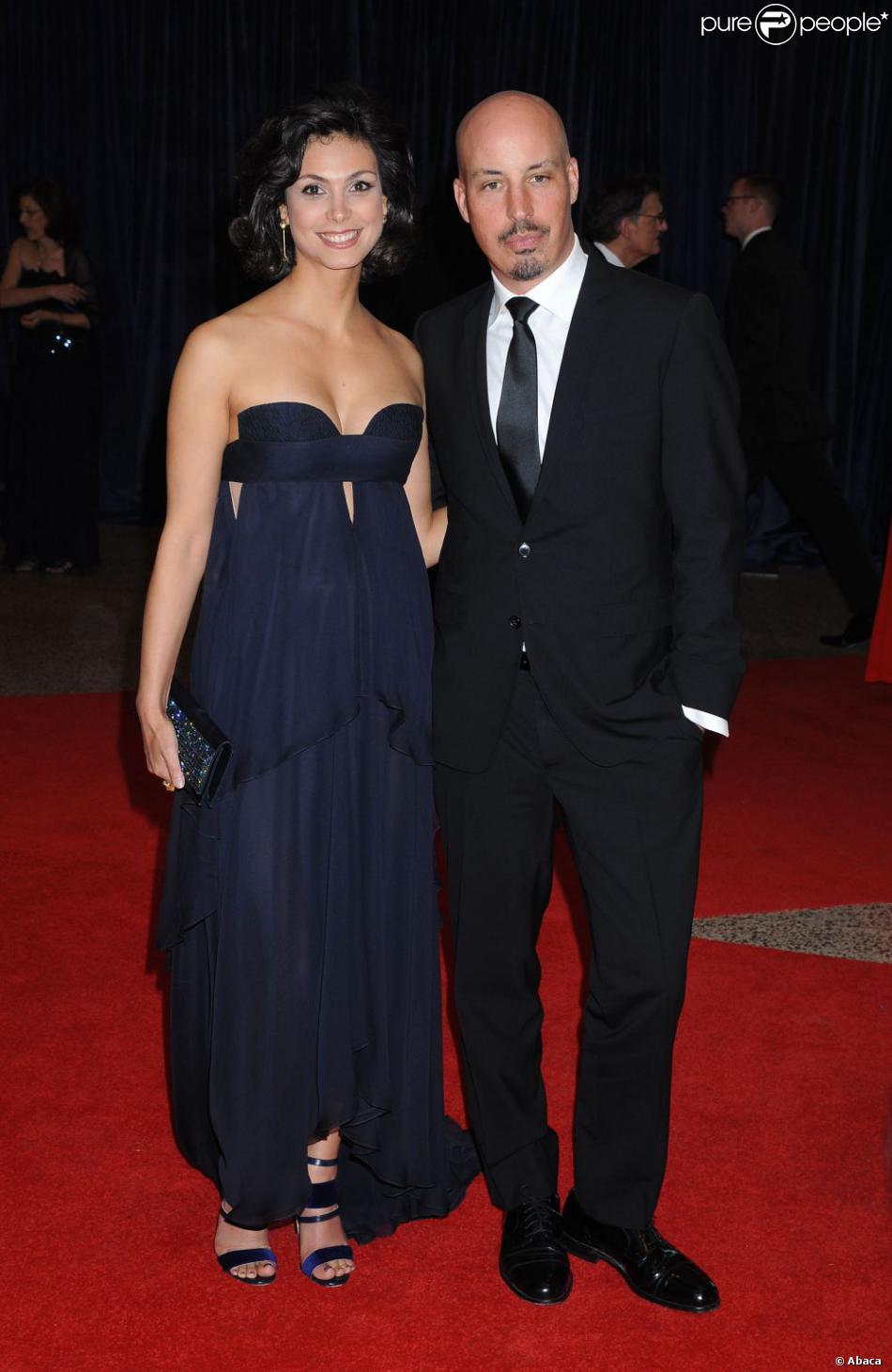 Morena Baccarin et son mari Austin Chick lors du dîner des correspondants de presse à la Maison Blanche, le 27 avril 2013 à Washington