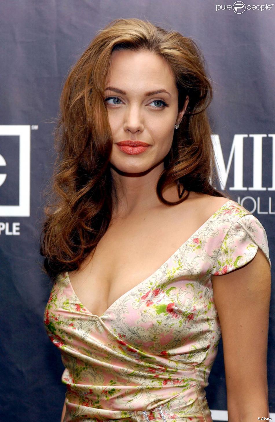 Angelina à Los Angeles, le 14 septembre 2004.