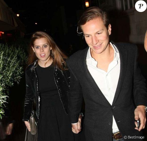 La princesse Beatrice d'York et son petit ami Dave Clark passaient le 16 mai 2013 une soirée de plus au Loulou's, club privé de Mayfair, à Londres.