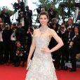 Jessica Biel sublime à la montée des marches du film Inside Llewyn Davis lors du 66e festival du film de Cannes, le 19 mai 2013.
