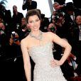 Jessica Biel pendant la montée des marches du film Inside Llewyn Davis lors du 66e festival du film de Cannes, le 19 mai 2013.