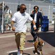 Lewis Hamilton et son chien Roscoe découvre le circuit de Monaco et le paddock du Grand Prix de F1 le 22 mai 2013