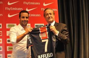 PHOTOS : C'est signé ! Ludovic Giuly jouera au PSG cette saison !