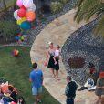 La chanteuse Pink a organisé une grande fête pour les 2 ans de sa fille Willow, à Malibu, le 2 juin 2013.